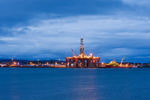 North-Sea-oil-platform-570x379