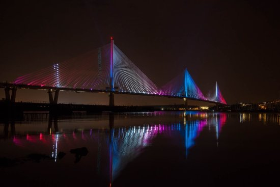 Queensferry-Crossing-lights
