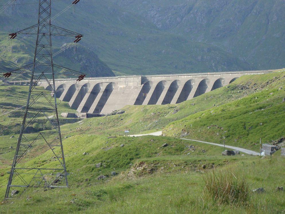 1200px-Dam_at_Cruachan_reservoir