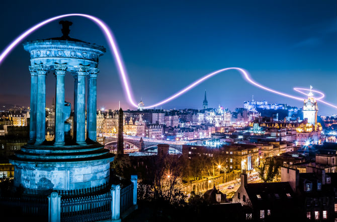 Calton Hill at Night 670 x 441